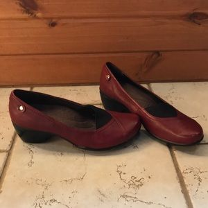 Hush Puppies slip-ons chunky heel red leather